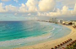 Flyg- sikt av Cancun, Mexico Royaltyfria Bilder