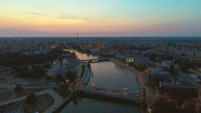 Flyg- sikt av den berömda polska staden Wroclaw Europeisk huvudstad av kultur Stadspanoramautsikt Resa EU lager videofilmer