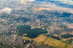 Flyg- sikt av den Bucharest staden Arkivbild
