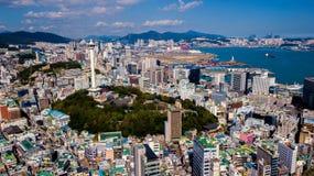 Flyg- sikt av den Busan staden, Sydkorea Flyg- sikt från surret royaltyfri fotografi