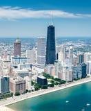 Flyg- sikt av den Chicago horisonten Fotografering för Bildbyråer