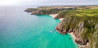 Flyg- sikt av den Cornwall sjösidan Arkivfoto