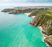 Flyg- sikt av den Cornwall sjösidan Arkivbilder