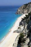 Flyg- sikt av den Egremni stranden, Lefkada ö Arkivbild