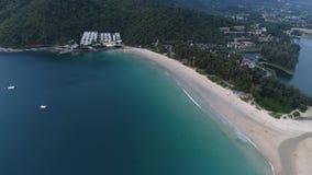 Flyg- sikt av den exotiska stranden i Phuket Royaltyfria Foton