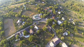 Flyg- sikt av den gamla byn i Ukraina arkivfilmer