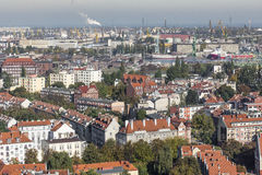 Flyg- sikt av den gamla staden av Gdansk med stadshuset, Polen Royaltyfria Foton