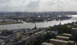 Flyg- sikt av den Hamburg staden royaltyfria bilder