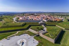 Flyg- sikt av den historiska byn av Almeida i Portugal royaltyfri foto