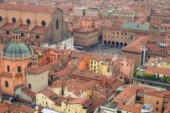 Flyg- sikt av den historiska mitten av bolognaen arkivbild