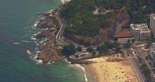 Flyg- sikt av den Ipanema stranden stock video