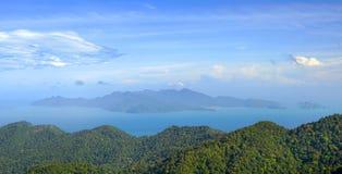 Flyg- sikt av den Langkawi ön Royaltyfria Bilder