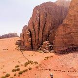 Flyg- sikt av den Lawrence våren i den jordanska öknen nära Wadi Rum Royaltyfria Foton