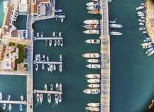 Flyg- sikt av den Limassol marina, Cypern Royaltyfri Foto
