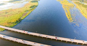 Flyg- sikt av den mellanstatliga bron för 10 huvudväg Arkivfoton