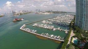 Flyg- sikt av den Miami Beach marina Royaltyfri Fotografi