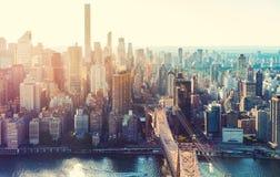 Flyg- sikt av den New York City horisonten Royaltyfri Foto