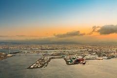 Flyg- sikt av den Osaka fjärden från det Cosmo tornet Fotografering för Bildbyråer