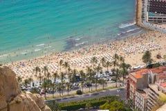 Flyg- sikt av den Postiguet stranden, Alicante, Spanien Royaltyfria Foton