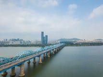 Flyg- sikt av den Seoul staden på den Dongjak bron, Sydkorea Arkivbild
