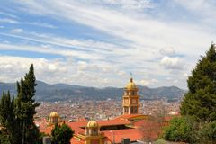 Flyg- sikt av den spanska koloniala historiska mitten in Arkivfoton