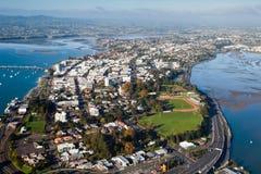 Flyg- sikt av den Tauranga stadshamnen, Nya Zeeland Arkivfoto