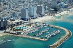 Flyg- sikt av den Tel Aviv stranden Arkivbild