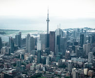 Flyg- sikt av den Toronto horisonten Arkivfoto