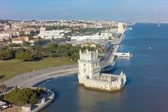 Flyg- sikt av det Belem tornet - Torre de Belem i Lissabon, Portugal Arkivfoto