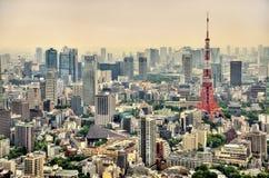 Flyg- sikt av det tokyo tornet Arkivbilder