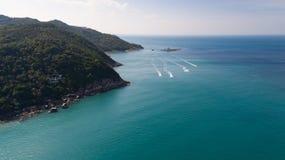 Flyg- sikt av det tropiska havet för öfrikändblått Royaltyfria Foton