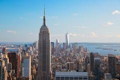 Flyg- sikt av Empire State Building & Manhattan Arkivfoto