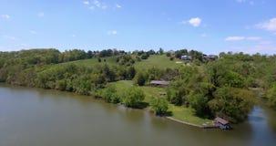 Flyg- sikt av en flod amerikansk liggande USA 4K stock video