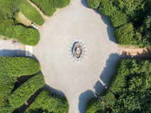 Flyg- sikt av en springbrunn, villa Arconati, Castellazzo, Bollate, Milan, Italien Arkivbilder