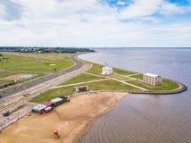 Flyg- sikt av Encarnacion i Paraguay som förbiser den San Jose stranden royaltyfri bild