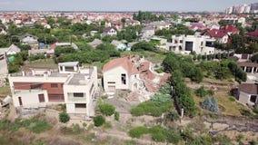 Flyg- sikt av följderna av jordskredet i Chernomorsk, Ukraina stock video