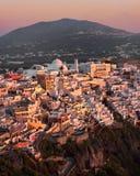 Flyg- sikt av Fira i aftonen, Santorini, Grekland Fotografering för Bildbyråer