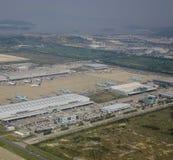 Flyg- sikt av flygplatsen arkivbild