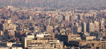 flyg- sikt av fullsatta cairo i Egypten i africa Fotografering för Bildbyråer