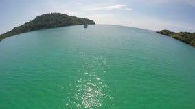 Flyg- sikt av havet, Kood ö, Thailand lager videofilmer