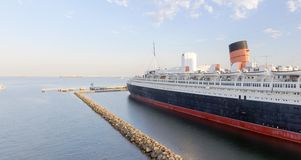Flyg- sikt av haveyeliner för RMS Queen Mary, Long Beach, CA Royaltyfri Foto