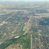 Flyg- sikt av i stadens centrum Calgary Alberta Arkivfoto