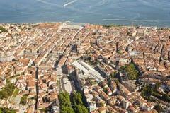 Flyg- sikt av i stadens centrum Lissabon Arkivbilder