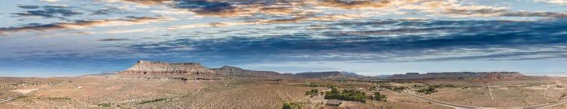 Flyg- sikt av kanjonen i Utah, Förenta staterna royaltyfria bilder
