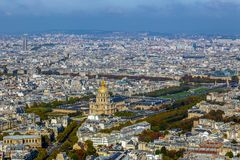Flyg- sikt av kupoldes Invalids, Paris, Frankrike Arkivbild