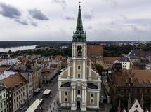 Flyg- sikt av kyrkan för helig ande - Torun, Polen royaltyfria foton