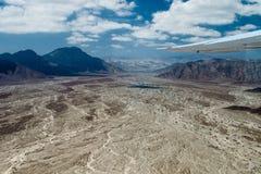 Flyg- sikt av landskapet runt om den Nazca staden, Peru Royaltyfria Foton