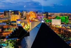 Flyg- sikt av Las Vegas på natten Arkivbilder