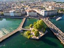Flyg- sikt av Leman sjön - Genèvestad i Schweiz Royaltyfri Fotografi