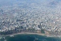 Flyg- sikt av Lima Peru Arkivfoton